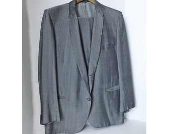 Reduced! 1950's LARGE gray Sharkskin suit with slubs-RnR-stage-Rockabilly-Gene Vincent