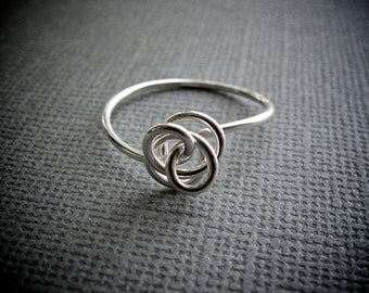 Love Knot Ring / Silver Knot Ring / Twisted Knot Ring / Simple Silver Ring / Silver Stacking Ring / Abstract Flower Ring / Small Dainty Ring