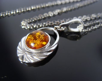 Baltic Amber 925 Sterling Silver Pendant Necklace