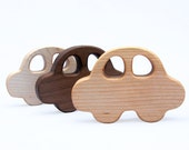 Wooden Car Baby Rattle // Organic Baby Teether and Natural Rattle Toy in One // Safe For Sensitive Baby // Nursery decoration
