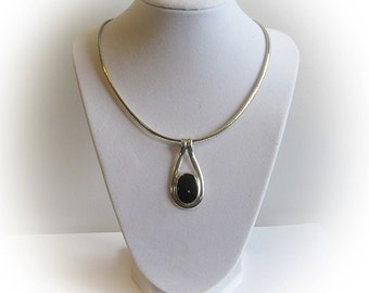 Elegant Sterling Silver Black Onyx Cabachon Pendant