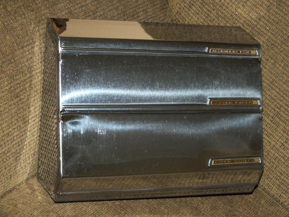 Vintage Lincoln BeautyWare Kitchen Wall Dispenser 3 Compartment Chrome