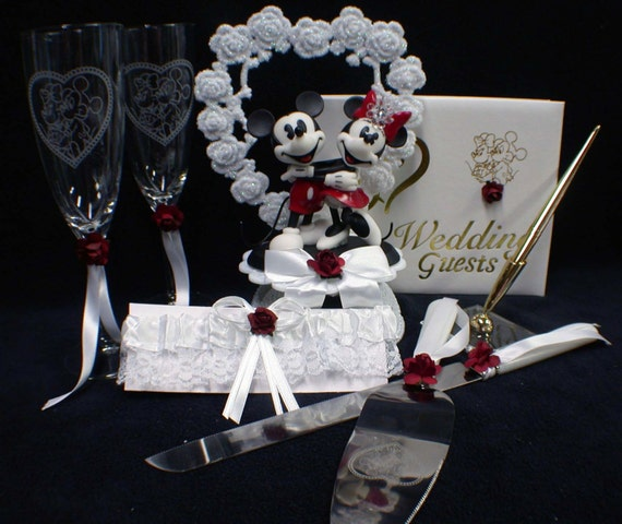minnie mouse wedding cake toppers unavailable listing on etsy 17441