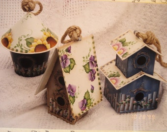 Pattern Packet: Country Garden Birdhouses by by Jamie Mills Price