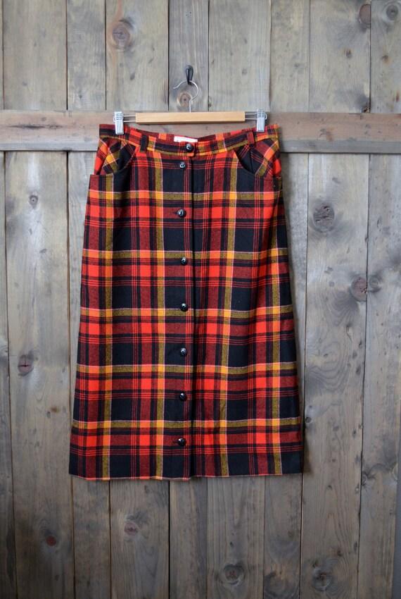 vintage 70s PENDLETON DISNEYLAND plaid wool mid-length skirt // medium