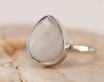 White Agate Ring Sterling Silver, Gemstone Ring, White Stone Ring, Stacking Ring, Tear Drop Ring, Minimalist Ring, Anniversary Gift, Simple
