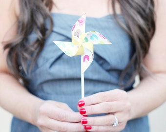 Wedding favor Birthday favor -12 Mini Pinwheels (Custom orders welcomed)