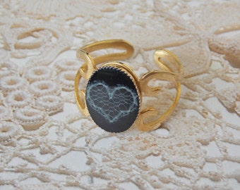 Adjustable Ring - Black and Gold ring - Heart Ring - Lace heart ring -  Heart Jewelry - bridesmaids gift - Romantic Gift - V