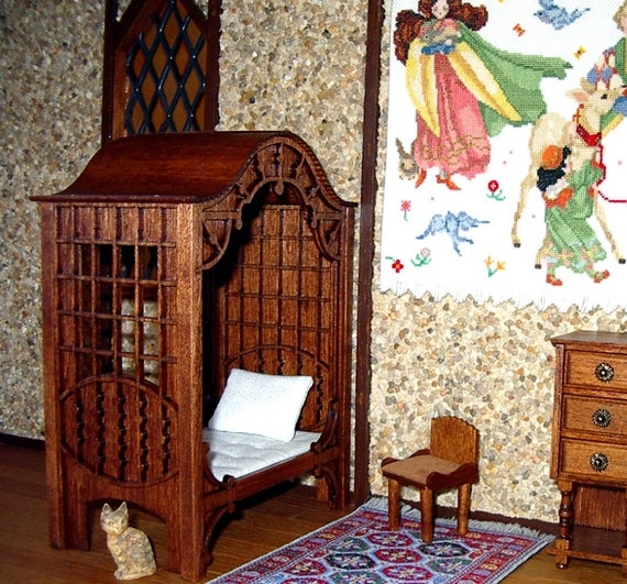 Medieval Canopy Bed Dollhouse Miniature 1 12 Scale