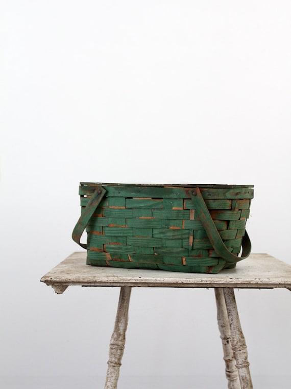 Vintage Picnic Basket / Green Basket