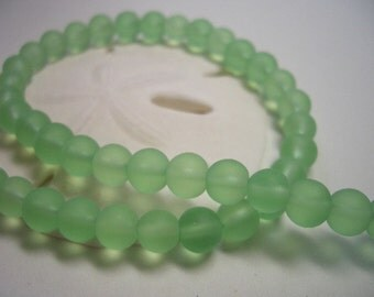 Frosted glass beads, 8mm czech beads, green sea glass like, 8mm round beads, glass beads, light green, 8mm beads, spring green, frozen beads
