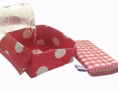 Foldable Travel Dog Bowl, water bowl, dog dish, pets, red white oilcloth