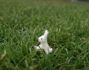 Felted bunny, easter bunny, super tiny, felted white bunny , felt toy, soft sculpture, felt animal, pet miniature, natural toy