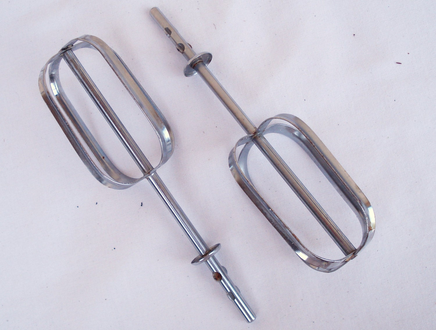 Electric Hand Mixer ~ Vintage waring speed electric hand mixer beater blades