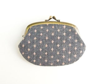 Metal frame compartment purse wallet // Pink Cross Wool