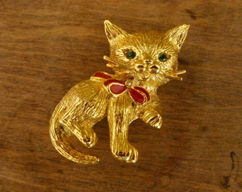 Vintage Goldtone Christmas Kitty Cat Pin