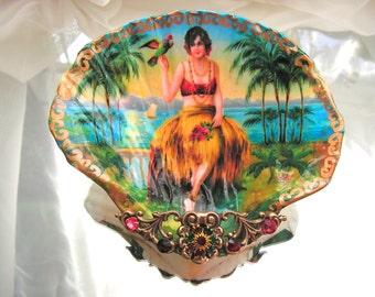 Hula Girl Shell Jewelry Dish