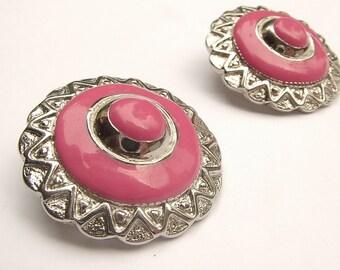 Vintage 1950's jewelry, pink enamel earrings, round clip-on earrings, Silver enamel earrings, Costume jewelry, Art deco Round metal earrings