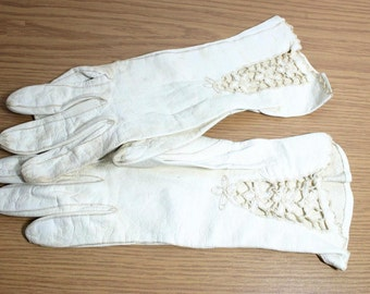 Vintage Ivory with Lace Soft Leather Gloves -  Small