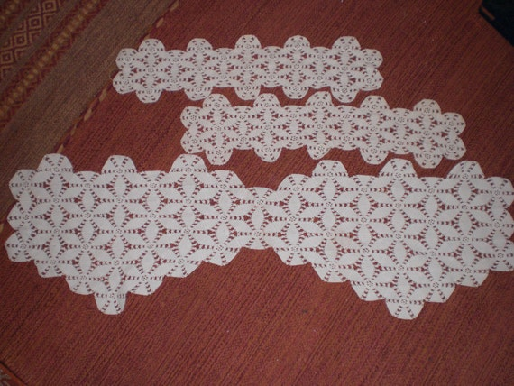 Vintage Set Of Three Furniture Doilies Star By Kimskreations17