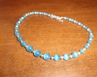 vintage necklace blue swirl beads silvertone