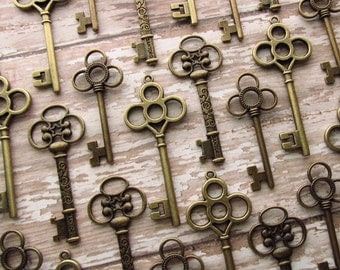 The Murphy Collection - Skeleton Key Assortment in BRONZE - Set of 30 Keys - 3 STYLES