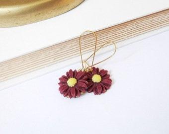Dark wine red daisies earrings - fall floral burgundy dangle earrings