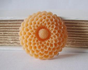 Peach mum barrette - large pastel floral hair clip vintage style