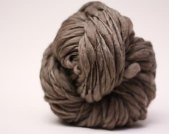 Handspun Yarn Thick and Thin Wool Merino Slub TTS(tm) Bulky  Dark Taupe 04 Half-pounder