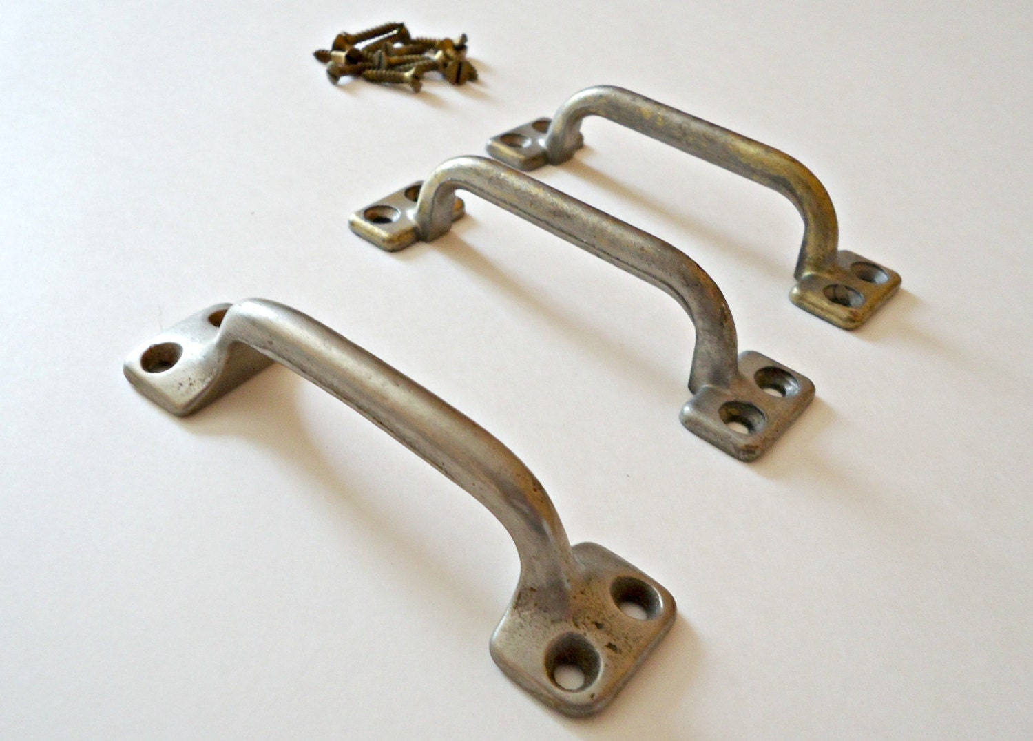 3 Vintage Drawer Pulls Metal Handles Drawer Pull Industrial