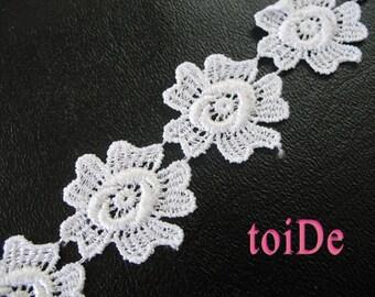 Vintage White Flower Lace Ribbon Trim
