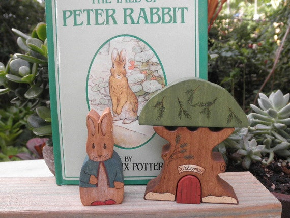Beatrix Potter Series Wood Toy - Book Set Peter Rabbit and Tree Habitat Stacker