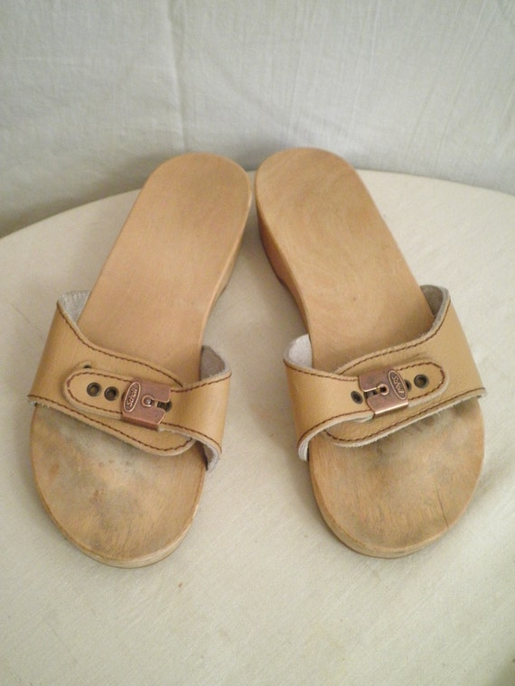1970s Vintage Dr Scholls Exercise Sandals Size 8 By