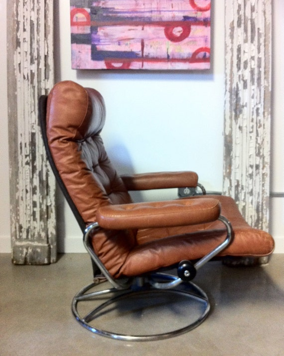 Vintage ekornes chair - On Hold Vintage Ekornes Stressless Recliner And Ottoman Made In Norway