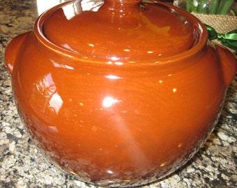 Watt Ovenware Bean Pot or Cookie Jar