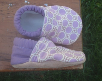 Baby Shoes for Girls - Purple Dot Pattern - Custom Sizes 0-3, 3-6, 6-12, 12-18, 18-24 months