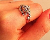 D.young Rose gold ring - Green eyed leopard