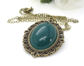 Dark emerald green necklace, antique bronze cabochon necklace, victorian style jewelry