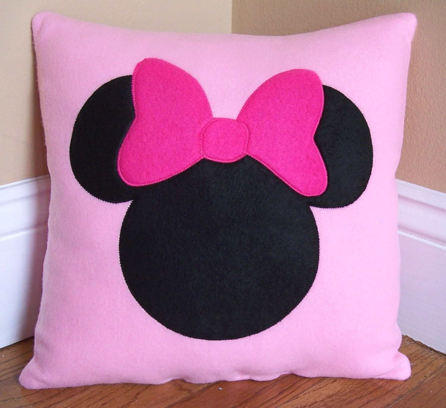 Minnie Mouse Bedroom Etsy