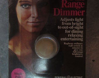 Vintage GE Full Range Dimmer Single Pole New Old Stock Made in the USA 1971 D1-61D kitschy advertising