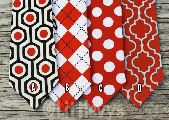 Boys Red Neck Tie Dots -- Red Argyle Tie -- Valentines Day Tie -- Red Tie