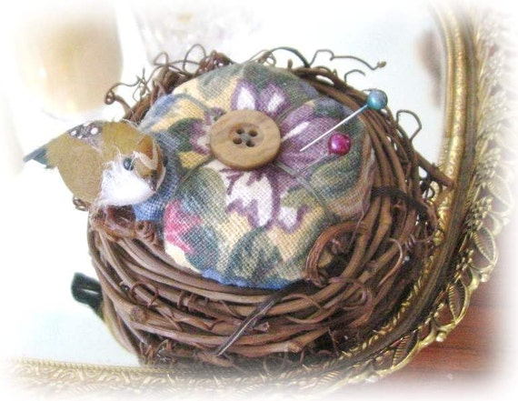 Handmade Pincushion 3.25 inches BIRD NEST with Bird, Floral, CharlotteStyle Sewing Needlecraft