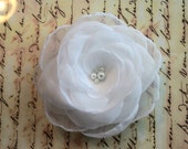 White hair flower  - vintage inspired hair flower with crystal and pearl center - flower fascinator