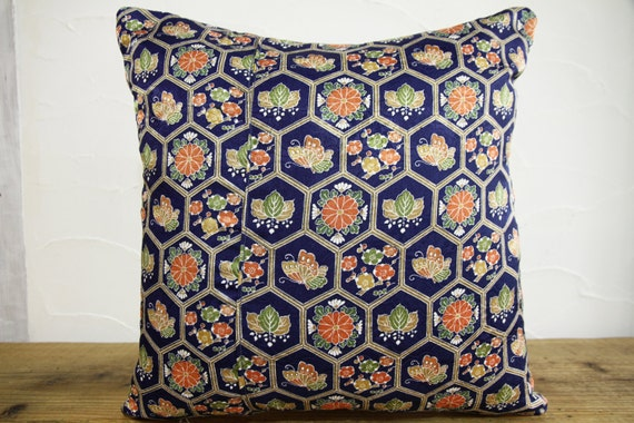 Traditional Pillow Easy Clean Medium : Japanese Traditional Decorative pillow 0154 by kimonostyle