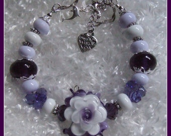 White flower Bracelet,Adjustable bracelet,Lampwork and Sterling Silver Floral Bracelet, Purple and White Bracelet - CHIANTI.