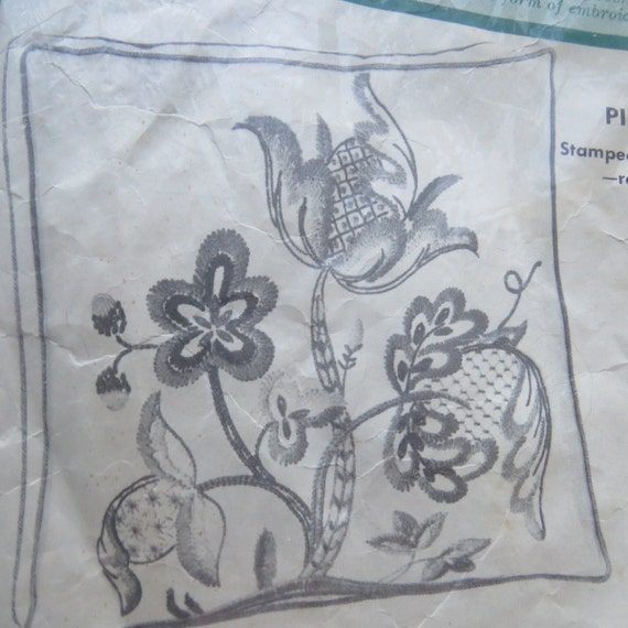 Vintage pillow crewel embroidery kit by paragon needlecraft