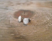 ITTY BITTY STUDS - Pearlescent White