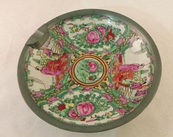 Unusual Rose Medallion Ceramic ZInc Based Ashtray Bowl Hong Kong Maker's Mark