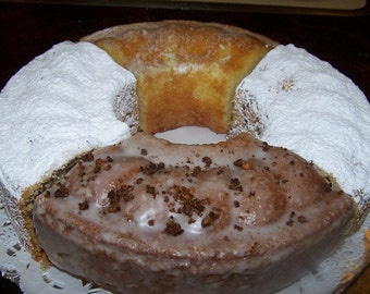 "Oma Gisi's Coffee Cake Assortment (10"")"