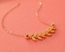 Laurel Necklace in Gold